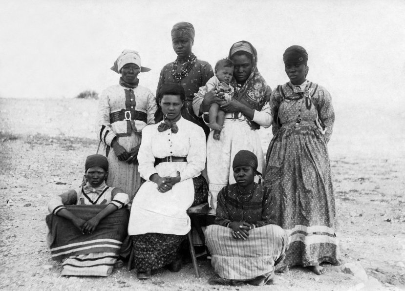 Photo: Herero people 1904